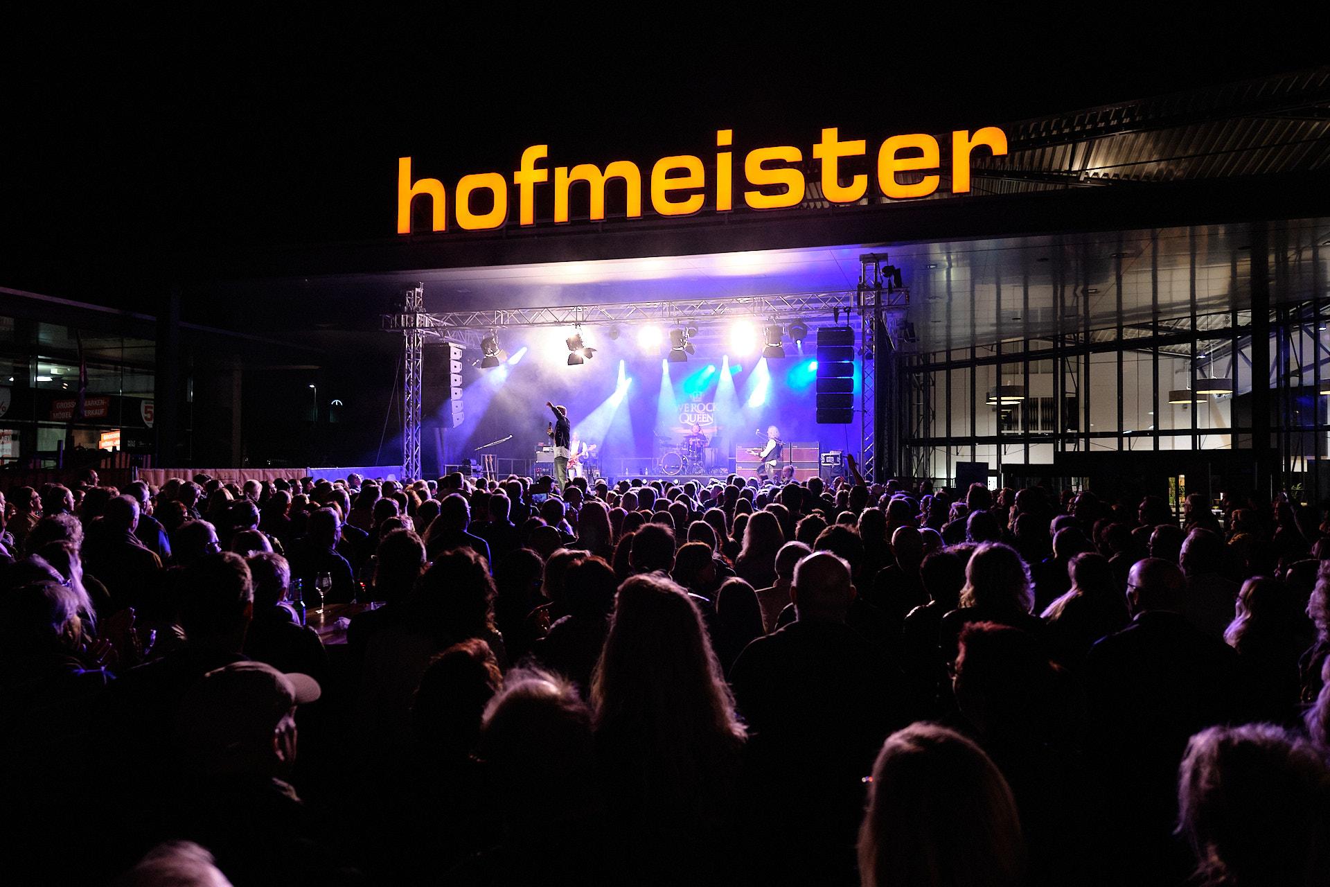 WE ROCK QUEEN rockte im Hofmeister Strohländle